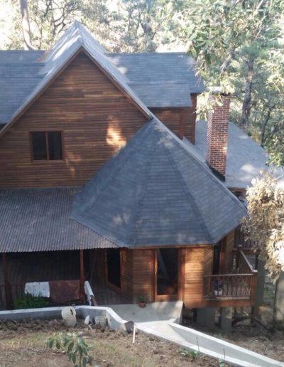 casa-de-madera-con-chiminea